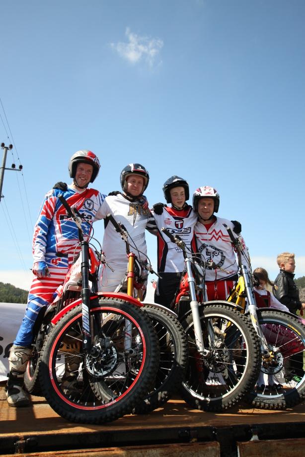 Fra Venstre: Mardon Moi, Johnny Bysheim, Andreas Robstad og Jon Kevin Nilsen. (Foto: Bjørn Thorkildsen)